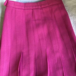 Woman's Pleaded Pink Skirt